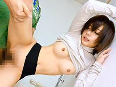 貧乳:無防備過ぎる超敏感チクビな貧乳女子40人8時間