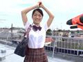 女子○生が強力水鉄砲でびしょびしょ濡れスケ体験!