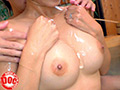 清楚な巨乳奥様が初めてのドキドキ混浴ローション風呂! 5