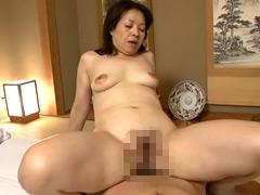 【エロ動画】異常性交 還暦の母と孫のエロ画像