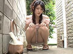 【エロ動画】美人妻の顔が歪んで羞恥で震える お漏らし熟女 8時間のエロ画像