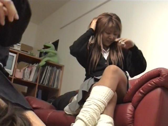 女子校生集団M男ボコり の画像10