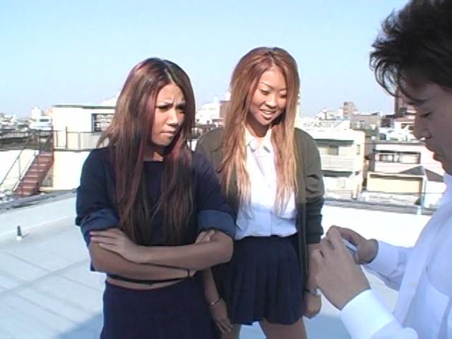女子校生集団M男ボコり の画像13