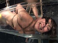 【エロ動画】奴隷水責め拷問 嘔吐・浣腸・蝋燭嬲りのエロ画像