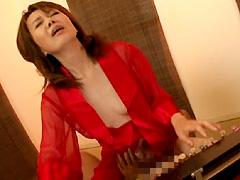 【エロ動画】憧れの大正琴お婆ちゃん 宮田清子の人妻・熟女エロ画像