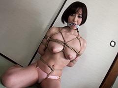 【エロ動画】HOW TO 緊縛 〜後ろ手胸縄縛り+股縄〜 篠田ゆうのエロ画像