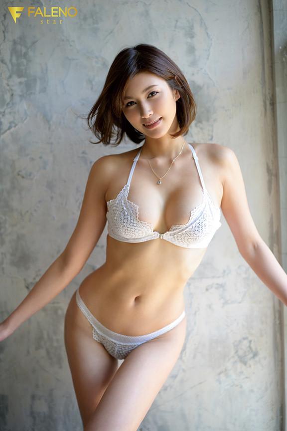 新人 セックスの女神、現る AV DEBUT 美乃すずめ