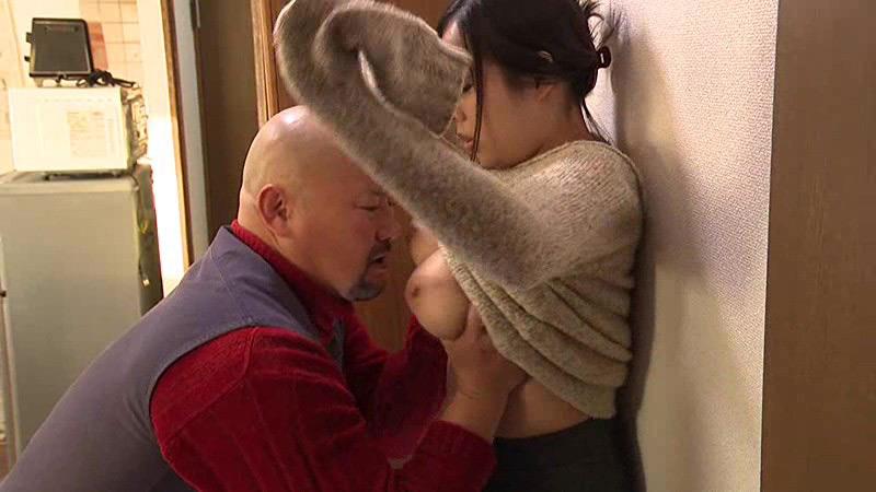 ヘンリー塚本男を腑抜けにするでっかい乳房(おっぱい)
