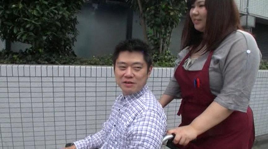巨乳のムチムチ!豚カワイイ!カラダは豚だけど、顔はカワイイでしょ?重た~い女介護福祉士と車椅子セックス 涼本清美