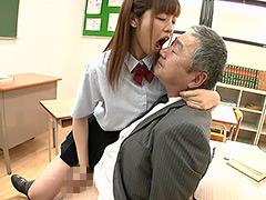 【新着動画】永原まいちゃんの口臭嗅がせ手コキ