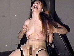 女スパイ拷問 くすぐり笑い地獄の刑18