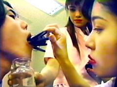 美人女医とエロ看護婦の逆変態レイプ診察