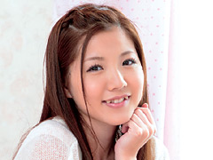 【エロ動画】図書館勤務の18才 癒し系AVデビュー みなみ紗希のエロ画像