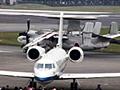 2005年11月3日(祝)航空自衛隊入間基地(埼玉県)にて開催された「入間航空祭2005」。毎年、文化の日に開催される入間航空祭は、都心部からの交通アクセスも良く、ブルーインパルスも参加することで人気も高い。入間基地所属のC-1輸送機による展示飛行は、今年は6機編隊が復活。大柄な機体ながら軽快に機動飛行を行う姿は、戦闘機とは異なる迫力がある。