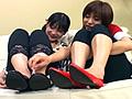 4人の女の子達の可愛いパンプスが登場!思わず舐めたくなるようなフォルムのこの靴を、女同士で舐めたり、綿棒を挿入したり、公園を歩いたり…様々な角度からぺたんこパンプスに迫ってみました。