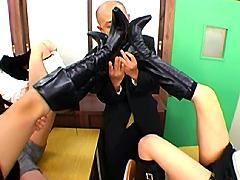 ブーツ:激臭ブーツ虐め