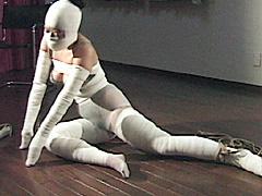 【エロ動画】包帯緊縛 妖美の白い猿轡のエロ画像