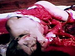 【エロ動画】女腹切り作品集3 乗馬服女腹切りのエロ画像