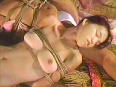 【エロ動画】被虐美三様・美乳豊乳なぶり責めのエロ画像