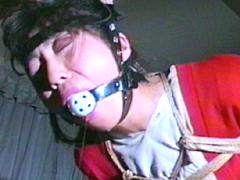 【エロ動画】包帯女・高手小手残酷縛りのエロ画像