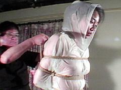 【エロ動画】緊縛・ビニールコートと黒いゴム合羽のSM凌辱エロ画像