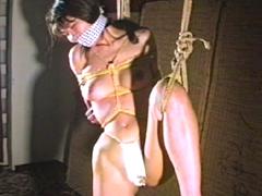 【エロ動画】緊縛エロス10 美乳巨乳荒縄責め・美幸と薫連縛のエロ画像