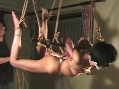 緊縛イズム01 拷問人妻吊り・乳首ちぎれるまで