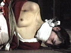 【エロ動画】屋根裏の緊縛 駿河問い縄地獄のエロ画像