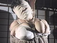 【エロ動画】超巨乳なぶり・亜紀悶悦縄 近江亜紀のエロ画像