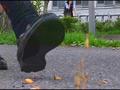 【復刻版】カタツムリがローファーで踏み潰される!2 2