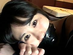 【エロ動画】助けを呼べない女の子のエロ画像