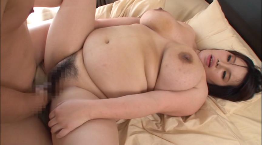 レイヤー巨大乳房のパイズリ 岡本めぐみ