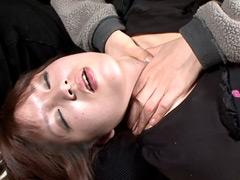 【エロ動画】ご機嫌ななめ拒絶の涙と喉頭のSM凌辱エロ画像