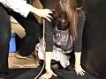 麻紐が絞まる方向に苦悶の表情 4
