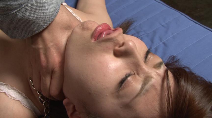 微睡み咽喉の嗚咽と咳嗽と性