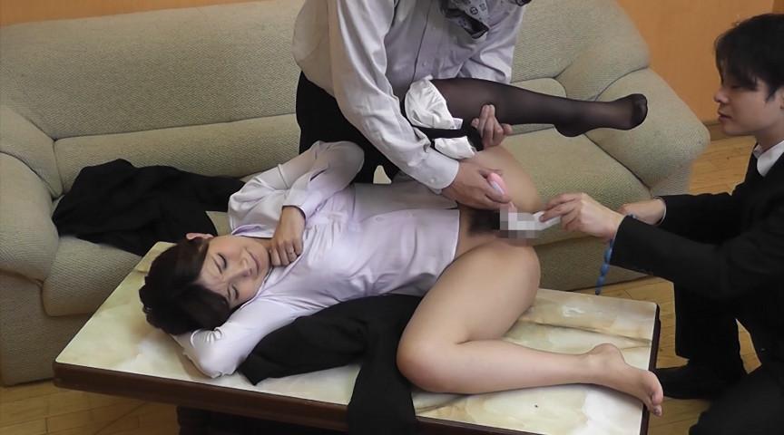 裏口入学の猥褻取引で、アナル姦を提案されて、絶句。