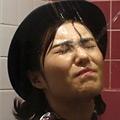 顔面放尿4