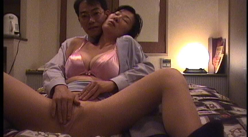 厳選!!近親相姦 盗撮ラブホ流出動画2 4時間15組