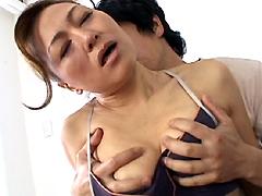 【エロ動画】近親相姦遊戯 母と子 4巻 山口美花のエロ画像