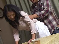 【エロ動画】隣の家でも起きている!誰にも言えない禁断行為!のエロ画像