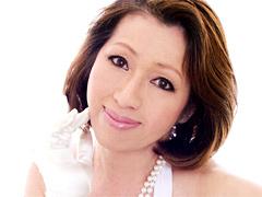 【エロ動画】五十路熟女アイドル 岡崎花江 50歳の人妻・熟女エロ画像
