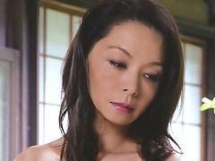 【エロ動画】田舎の近親相姦 息子で性欲を満たす五十路母のエロ画像