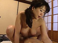 【エロ動画】じっくりねっとり息子に絡みつく母の性教育 4時間20人のエロ画像