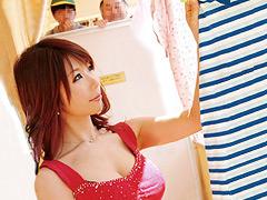 となりの巨乳お母さんが僕の家にやって来る!池田美和子