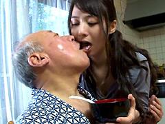 【エロ動画】禁断介護 晶エリーのエロ画像