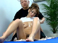 Null Imaging oil massage athlete daughter and trai