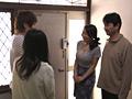 姑の卑猥過ぎる巨乳を狙う娘婿 桐島美奈子