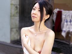 【エロ動画】人妻湯恋旅行 2013 冬の人妻・熟女エロ画像