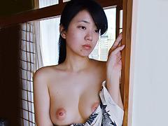【エロ動画】人妻不倫旅行 #148 裏のエロ画像
