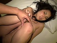 【エロ動画】人妻・寝取られ温泉旅行の人妻・熟女エロ画像